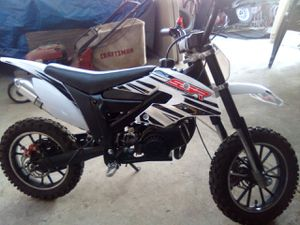 Pocket dirt bike 50cc for Sale in Freedom, CA