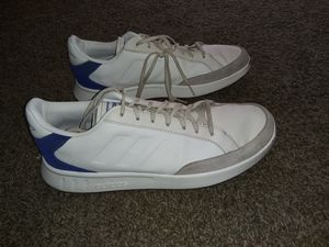 Adidas Netpoint Tennis Shoes Mens Size 11 for Sale in Wichita, KS