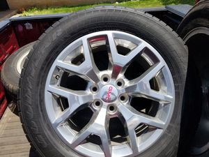 OEM GMC WHEELS/TIRES SPARE for Sale in Sheppard Air Force Base, TX