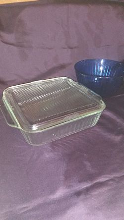Pyrex set five bowls 1 casserole dish with lid for Sale in Bakersfield,  CA