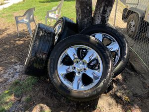 """2016 Ram 1500 20"""" OEM chrome rims with tires. for Sale in Chino, CA"""