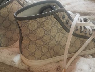 Gucci California High Top Sneakers Sz M44 (trades) for Sale in Newberg,  OR