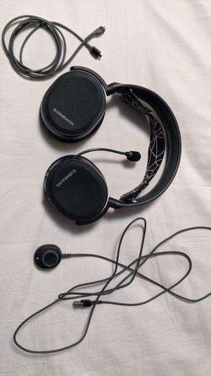 Steelseries Arctis 5 wired headset for Sale in Vineyard, UT