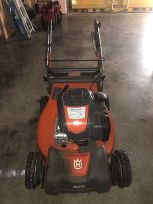 Husqvarna LC221A 163-cc 21-in Self-propelled Gas Lawn Mower with Briggs & Stratton Engine for Sale in St. Petersburg, FL