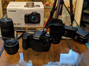 Canon EOS 80D DSLR Camera for Sale in Kearny, NJ