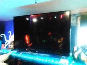 32 inch LG flat screen tv for Sale in Vancouver, WA