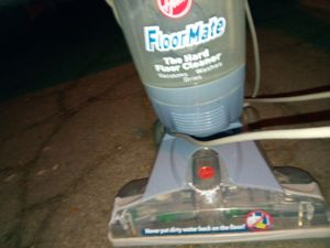 Hoover shampooer for Sale in Richland, MO