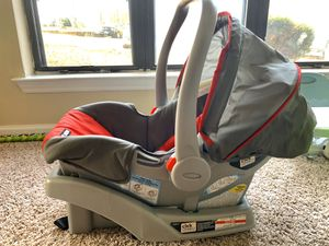 Graco SnugRide Click Connect Infant Car Seat with Base for Sale in Cary, NC