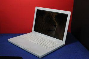 Apple MacBook Laptop El. Capitan for Sale in North Miami Beach, FL