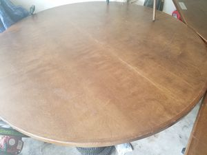Round table for Sale in Humble, TX