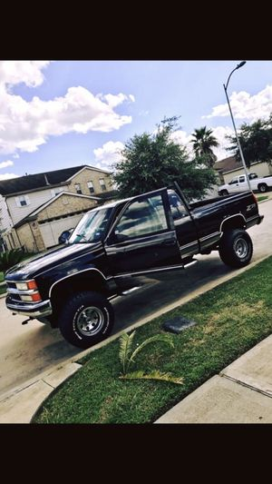 98 Chevy lifted for Sale in Houston, TX