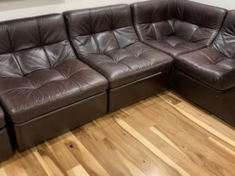 Leather 5 Piece Sectional for Sale in Arlington Heights,  IL