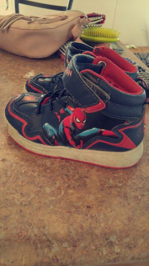 Size 10 toddler for Sale in Kingsport, TN