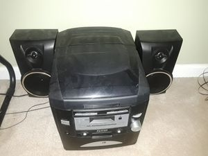 CD player for Sale in Ellenwood, GA