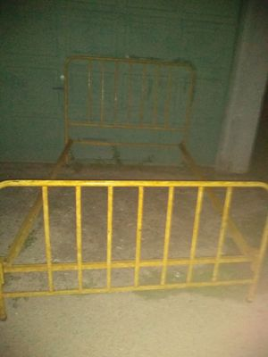 Full size bed frame for Sale in Newark, OH