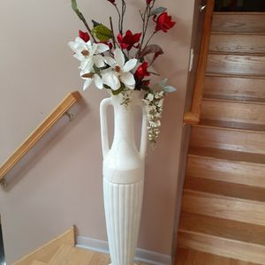 """Tall Vase H 47""""1/2 for Sale in Orland Park, IL"""