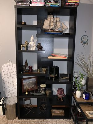 Modern Bookshelf for Sale in Marion, IL