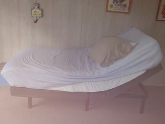 Twin Adjustable Bed for Sale in Philadelphia,  PA