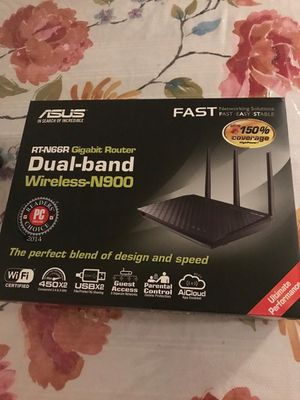 Asus router excellent condition for Sale in Dearborn, MI