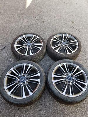 Rims 18 Hyundai 5 lugs for Sale in Davie, FL