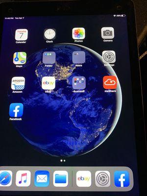 iPad Pro 1st gen 128 gig WiFi 4G for Sale in San Antonio, TX