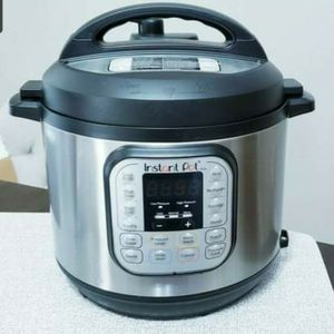 Instant Pot DUO60 6-Quart 7-in-1 for Sale in Coppell, TX