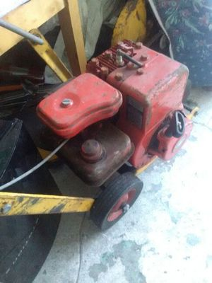 Vintage Briggs and Stratton edger for Sale in San Francisco, CA