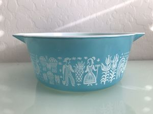 Vintage Pyrex 2&1/2 quart Amish butter print for Sale in Avondale, AZ