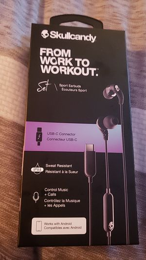 Brand new Skullcandy Sport Earbuds for Sale in San Diego, CA