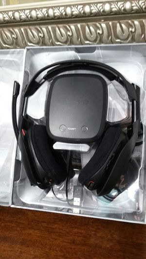 Gaming headset A50 for your XBOX 360, your PS3, and your PC using Windows 7. for Sale in Modesto, CA