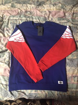 Air jordan sweater sz L for Sale in Tucker, GA