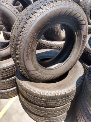 Set of used Hankook 235/75/17 for Sale in Stanton, CA