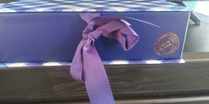 Bath and Body GINGHAM Gift Box Set for Sale in Hollywood, FL