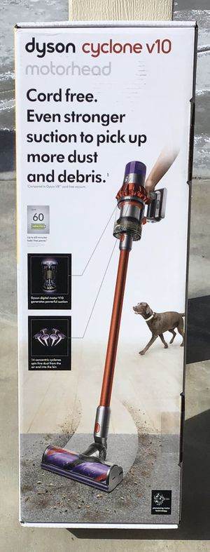 Dyson V10 cyclone for Sale in Victorville, CA