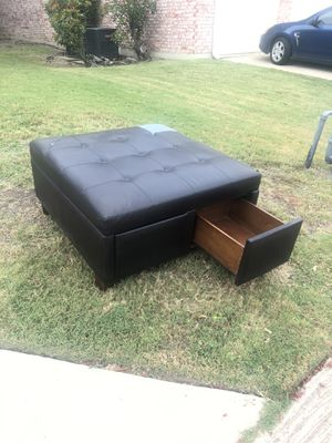 Free ottoman from Ashley's. for Sale in Plano, TX
