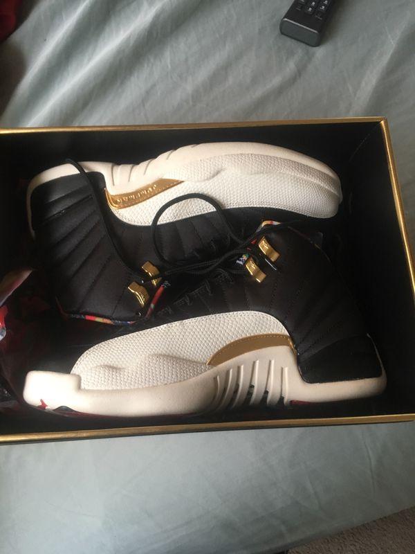 Jordan 12s size 9 brand knew