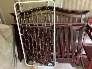 Crib and changing table for Sale in Las Vegas, NV