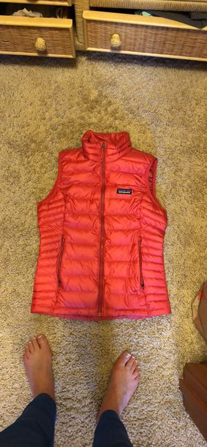 Brand new red Patagonia down vest for Sale in Kirkland, WA