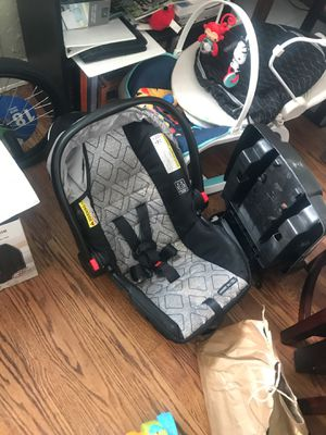 Graco Car seat w/Latch for Sale in St. Louis, MO