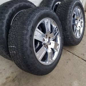 """20"""" Ford Expedition Wheels & Goodyear Tires for Sale in La Grange, IL"""