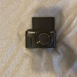 Canon G7X Camera Mark II (lightly used) for Sale in Brentwood,  CA