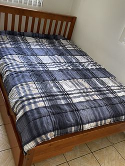 Full Size Brand New Mattress And Bed Frame for Sale in Lakeland,  FL