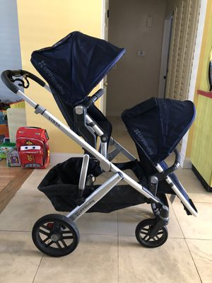 Uppababy Vista Stroller with Extras!!! for Sale in Diamond Bar, CA