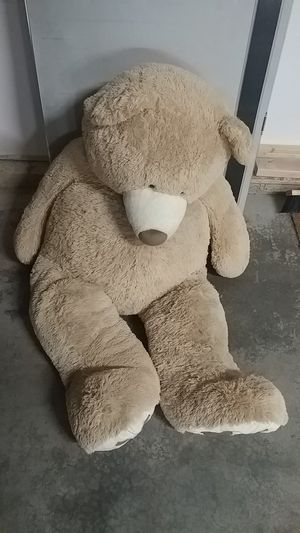 Giant stuffed teddy bear for Sale in Auburn, WA