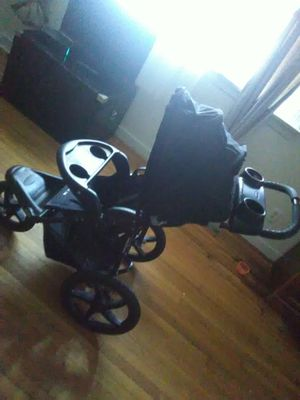 Baby trend jogging stroller for Sale in Richmond, VA