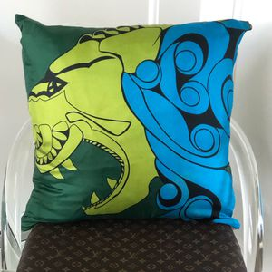 Vintage Sant Angelo Silk Scarf Pillow for Sale in Rumson, NJ