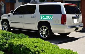 💲1OOO 2OO8 Cadillac Escalade Clean for Sale in Hartford, CT