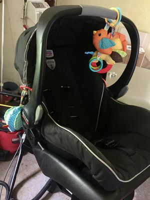Britax B-Safe Car Seat for Sale in Syracuse, NY