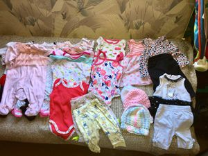 BABY CLOTHES 0-3months for Sale in West Palm Beach, FL