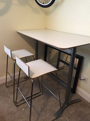 IKEA pub table with stools for Sale in Gresham, OR